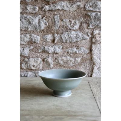Daniel de Montmollin. Coupe Céladon sur porcelaine. D 16,2 cm / 6,38 in