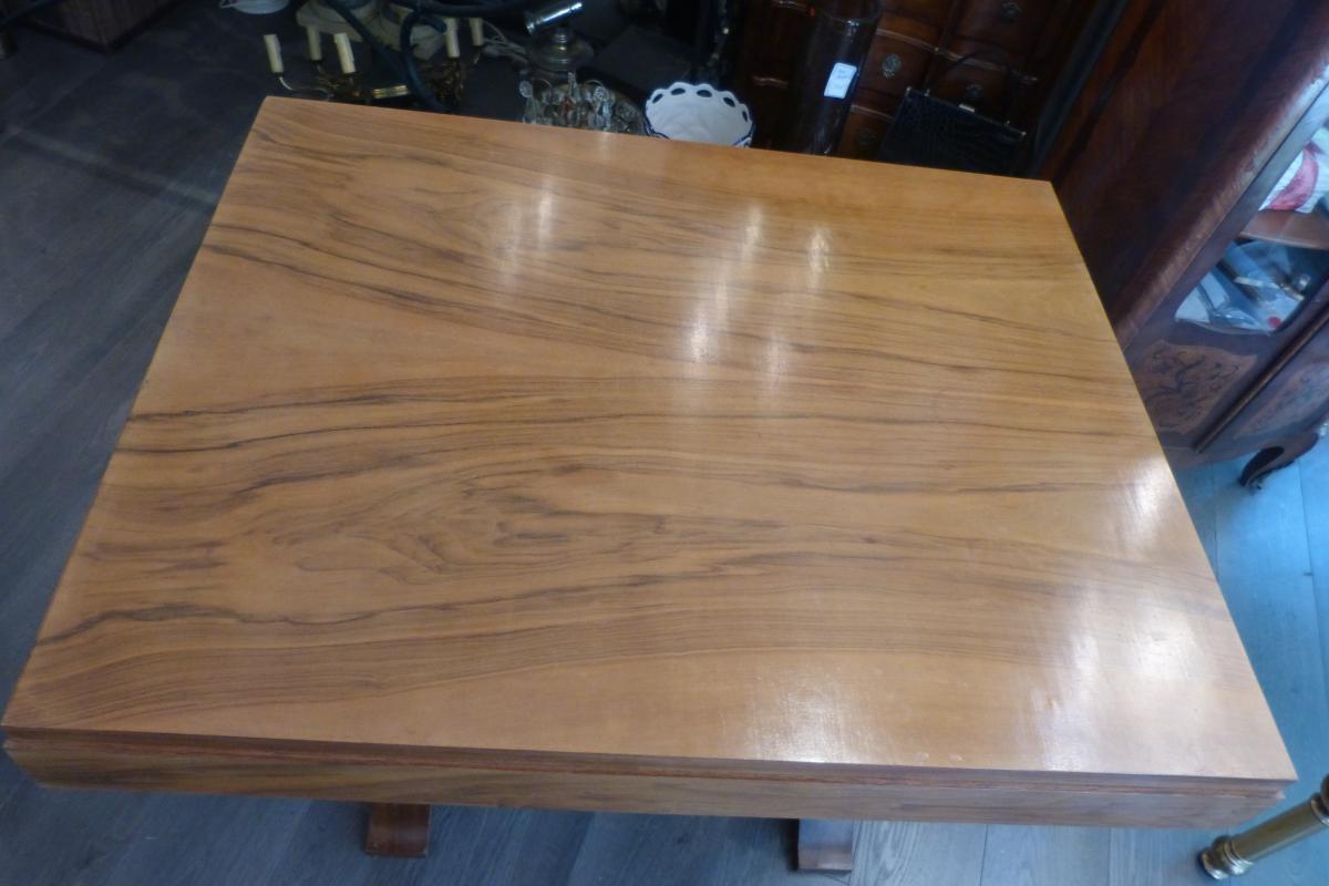 Table Art Deco -photo-1