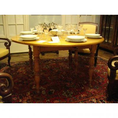 Table Six Feet