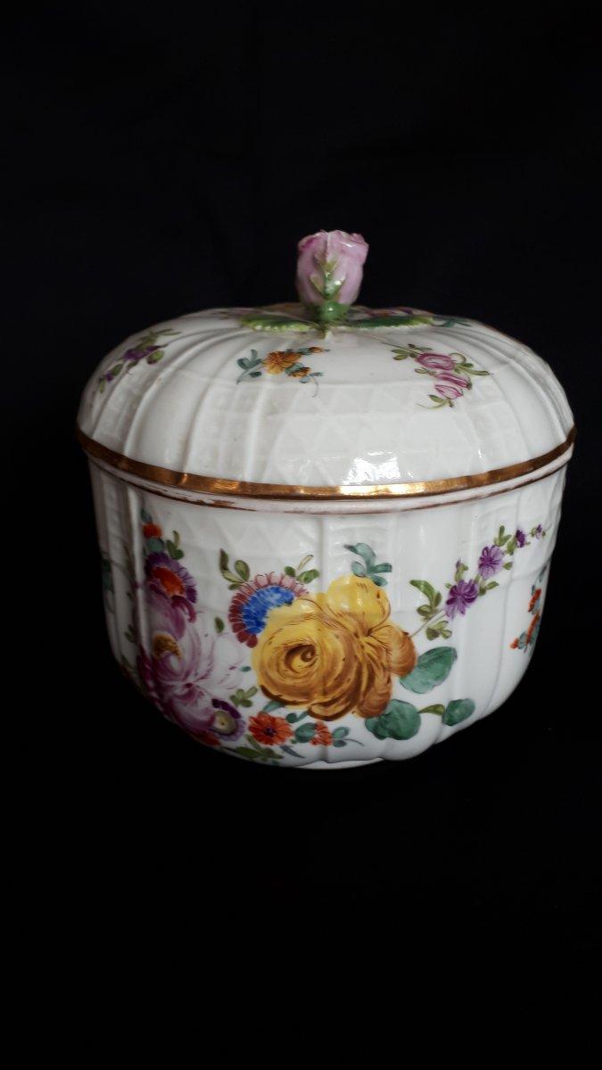 Pot Couvert En Porcelaine à Décor Polychrome Meissen 18 Eme -photo-3
