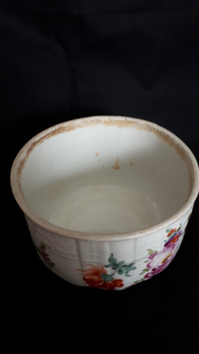 Pot Couvert En Porcelaine à Décor Polychrome Meissen 18 Eme -photo-1