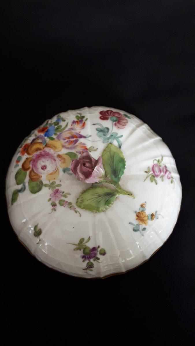 Pot Couvert En Porcelaine à Décor Polychrome Meissen 18 Eme -photo-2