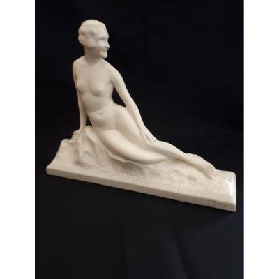 Faïence Art Déco Circa 1920/30 Femme Nue Allongée Monogrammée  Fs