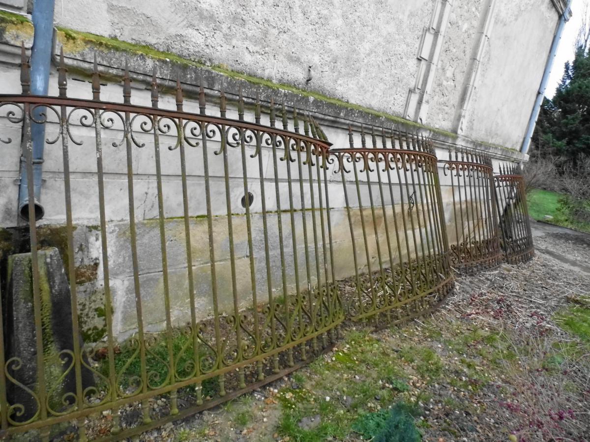 grilles de retour de portail 18eme vitraux ferronnerie pierre. Black Bedroom Furniture Sets. Home Design Ideas