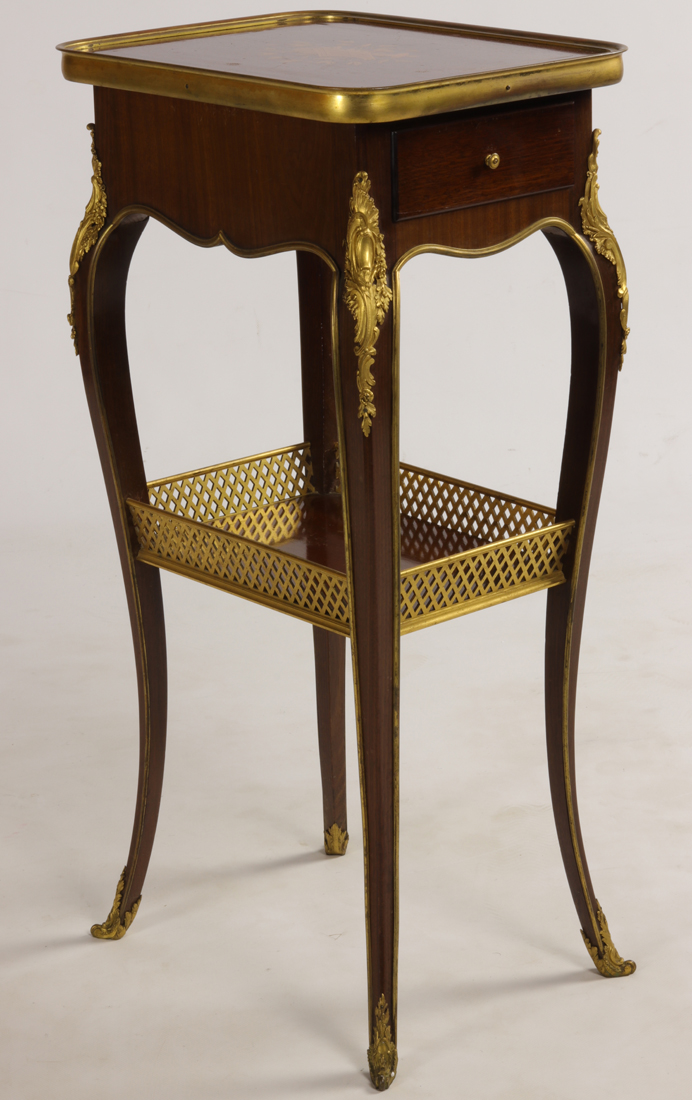 Table Signé Henry Dasson 1894.
