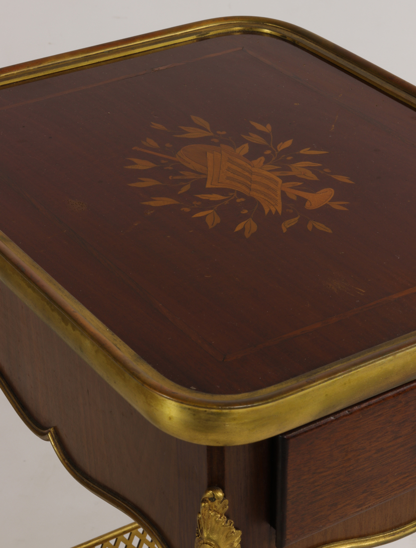 Table Signé Henry Dasson 1894.-photo-4