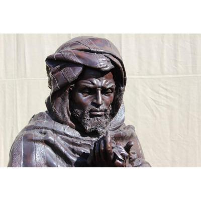 Important Buste Orientaliste En Bronze.