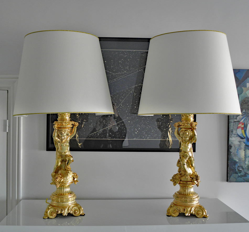 Paire Lampes.bronze doré.Napoléon III.chérubins.putti.les Vendanges