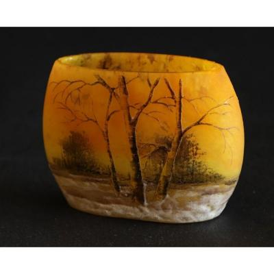Daum Nancy.miniature.oval Vase.trees Under The Snow.lighting.glazed Decor. Circa 1900.h 4cm