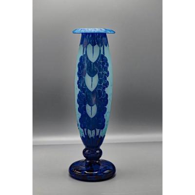 Charder.le Verre Français.vase Fuselé.col Recourbé.modèle Myrtilles.art-déco.h 25cm