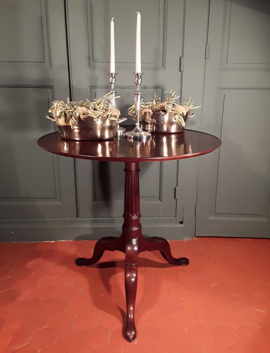 Louis XVI Mahogany Pedestal Table.
