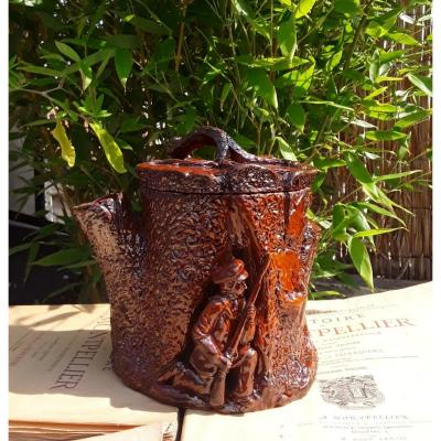 Tobacco Pot With Hunting Decor.