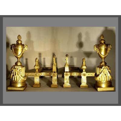 Paire De Chenets d'époque Louis XVI Attribués à Prieur