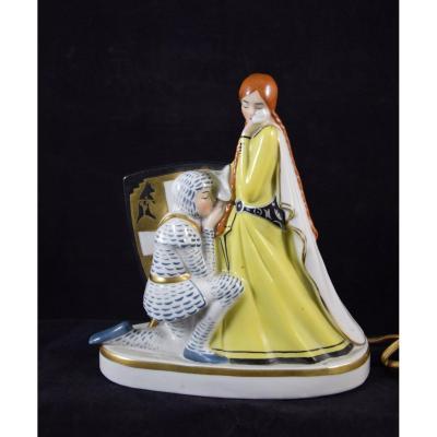 """Veilleuse en porcelaine """"les adieux du chevalier""""Art déco"""