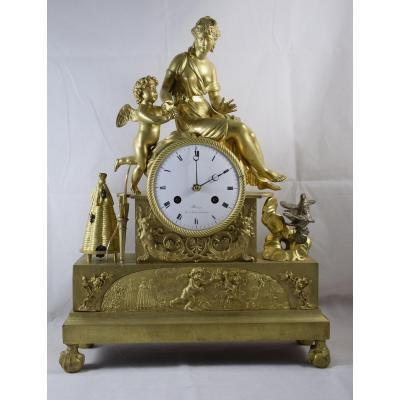 Pendule à la ruche en bronze doré ,époque Empire .