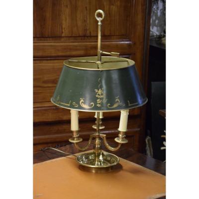 Lampe bouillotte  à 3  bras de lumière .