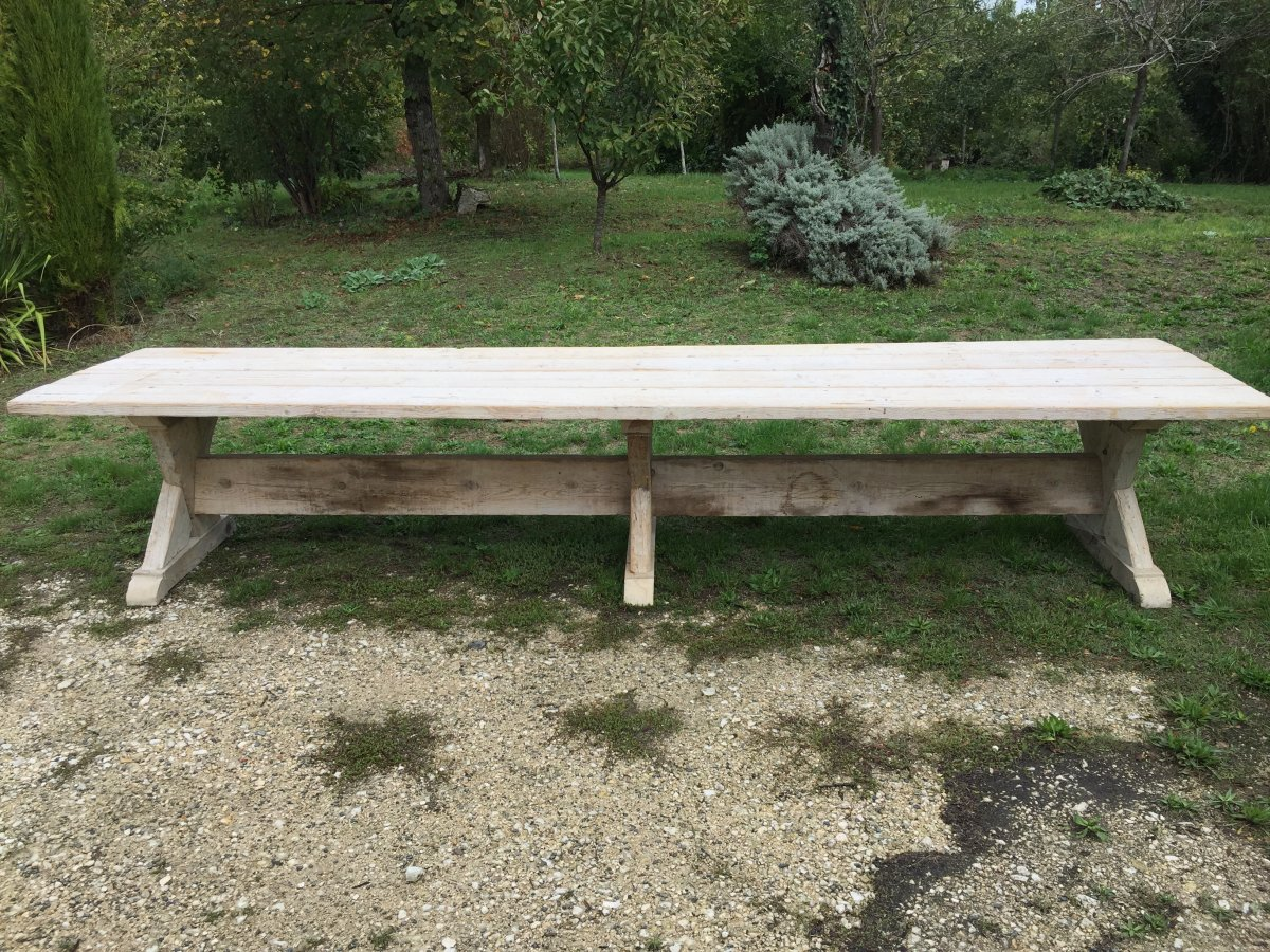 Table Monastere