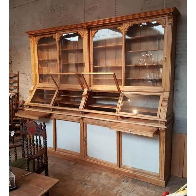 Superb Pine Shop Vitrine