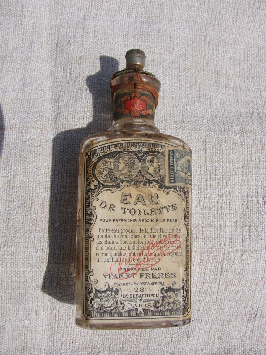 Bottle With Toilet Water Vibert Brothers Late 19 Th
