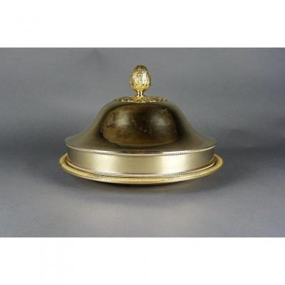 Cloche de table et son plat en vermeil, par J-B Claude ODIOT, d'époque Empire.