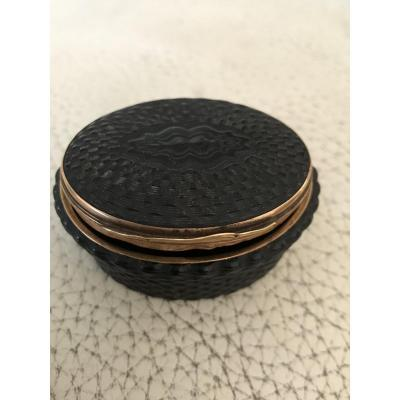 18th Snuffbox In Gold Circled Tortoise