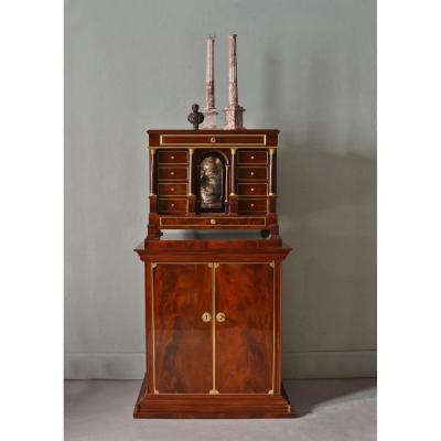 Cabinet Neoclassique En Acajou