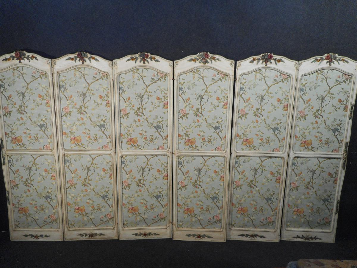Large Screen Louis XV Carved Leaves Six Retyped A l'Ancienne