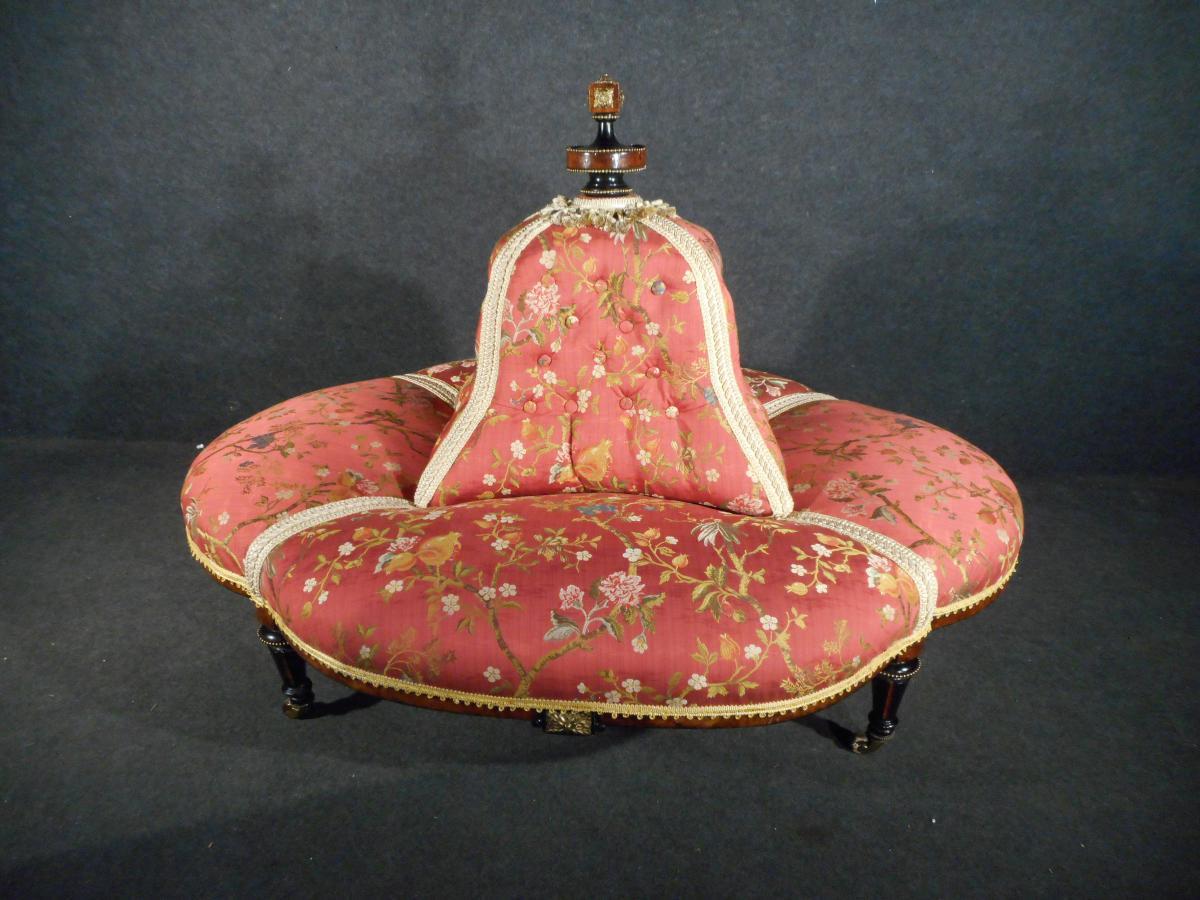 Borne époque Napoléon III Boutonné Retapissé à l'Ancienne