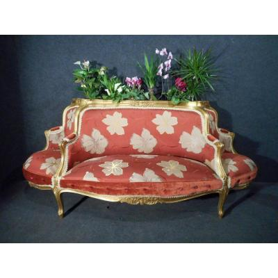 19th Century Loveseat In Gilded Wood And Soieies