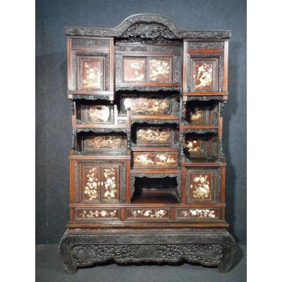 Religious Altar Cabinet Chinese Qing Period In Elm Lacquered