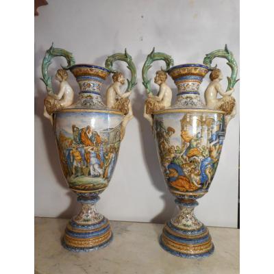 Grande Paire De Vases Majolique Urbino époque XIXe