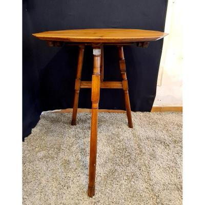Side Table In Solid Walnut With Tilting Top From The Late 19th Century.