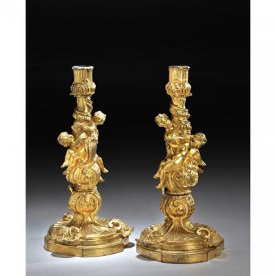 Paire De Flambeaux De Style Louis XV