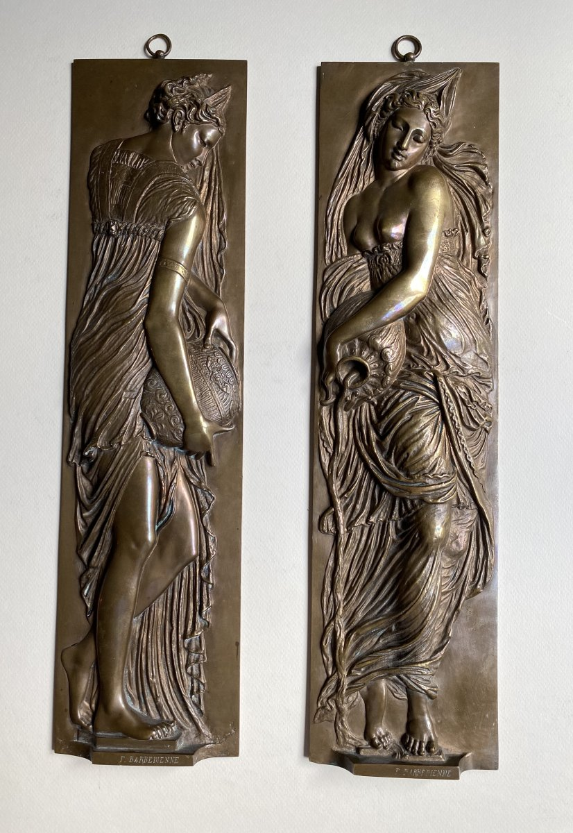 Two Bas-reliefs In Bronze From Jean Goujon - Fontaine Des Nymphes In Paris - Barbedienne XIX-photo-1