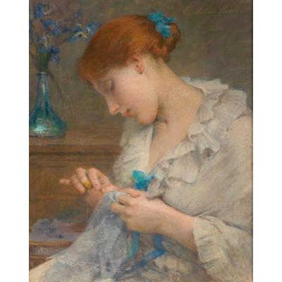 Fille De Couture Avec Des Fleurs Dans Un Vase