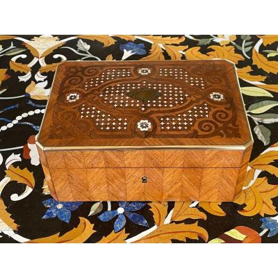 Napoleon III Marquetry Box In Rosewood, Mother Of Pearl And Rosewood