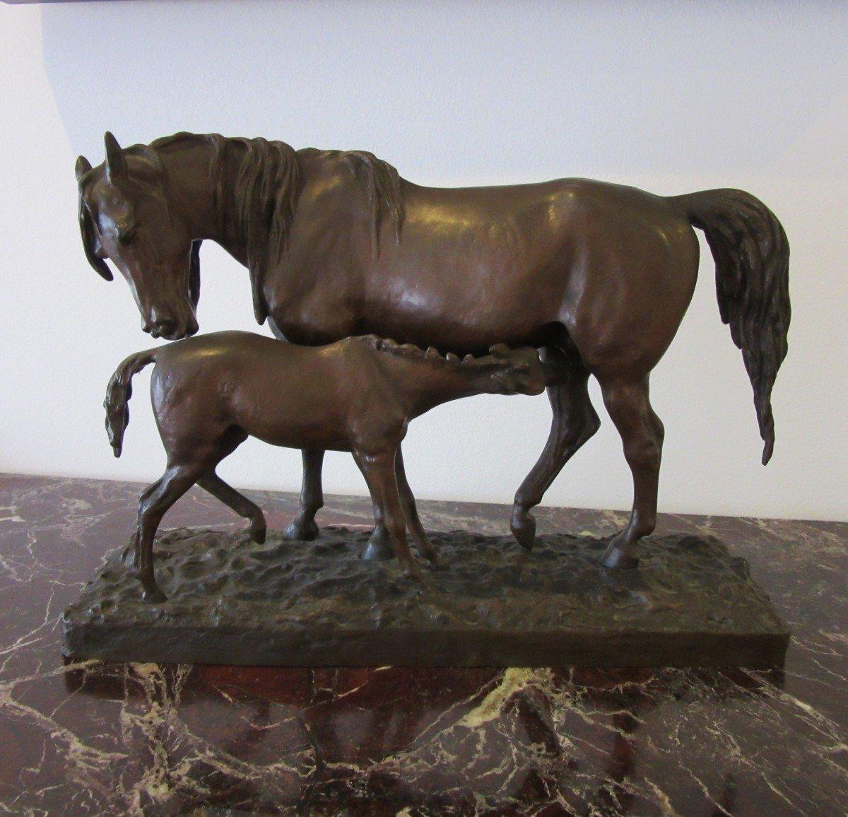"""Sculpture en bronze """"Jument et son Poulain"""" signée Fratin 1801-1864"""