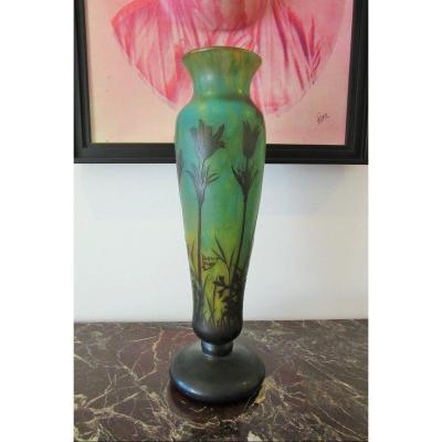 Vase Pâte de verre Sign. Daum Nancy