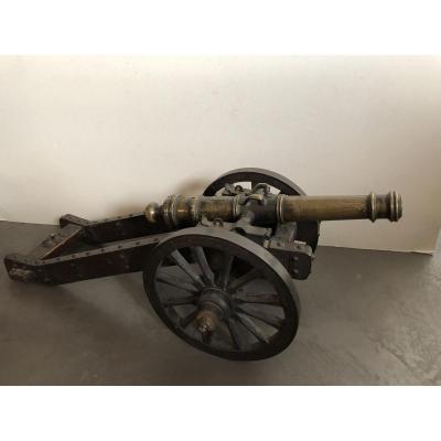Modele De Canon En Bronze