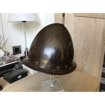 Superbe  casque Cabasset 16 Ieme