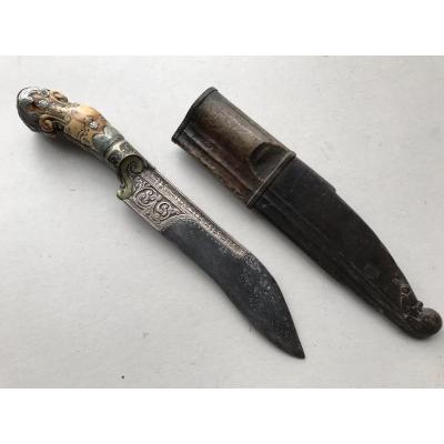 Tres Robuste Couteau Piha Kaetta