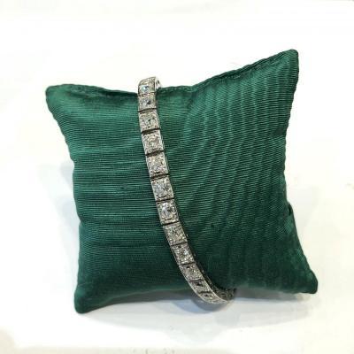 Bracelet tennis ligne de diamants  Art Deco,  33 diamants sur monture platine et or blanc