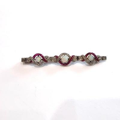 Broche or, opales, rubis et diamant, Art Deco 20ème siècle