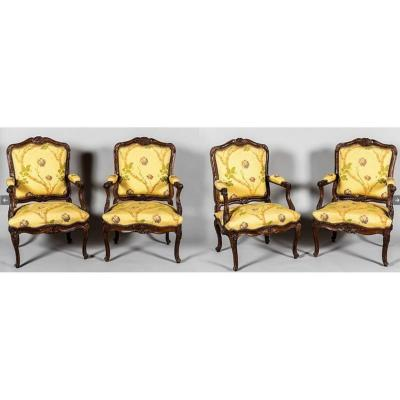 Suite Of Four Armchairs In The Queen - Genoese Work Eighteenth