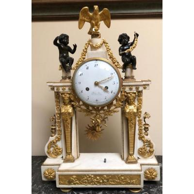 Important Portico Pendulum In Marble And Gilt Bronze - XVIIIth