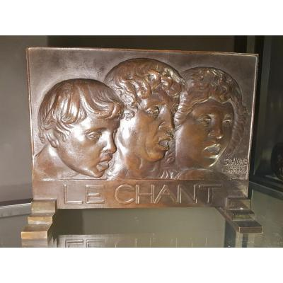 Bronze Bas Relief Le Chant Art Déco
