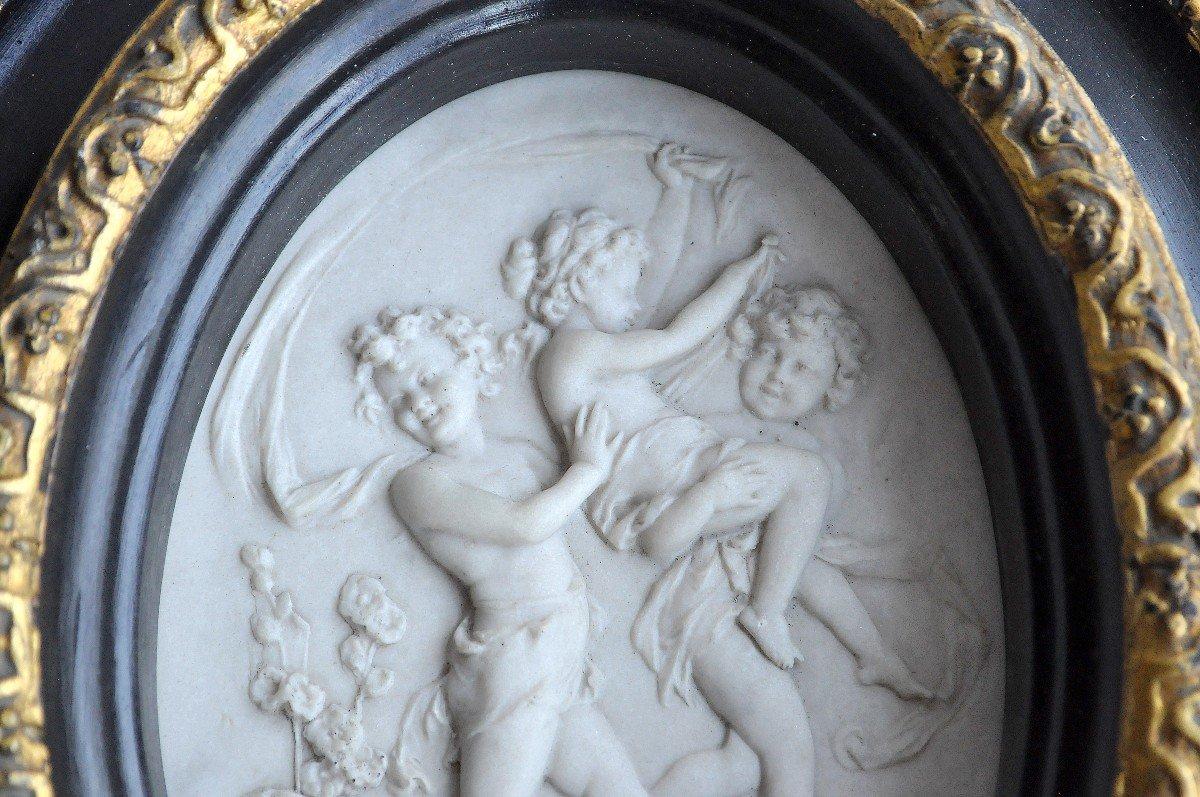 Sculpture - Plaque Ovale En Marbre - 19ème Siècle Signée-photo-1