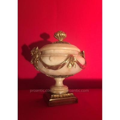 Coupe Couverte En Albâtre Et Bronze Doré, Italie Vers 1780