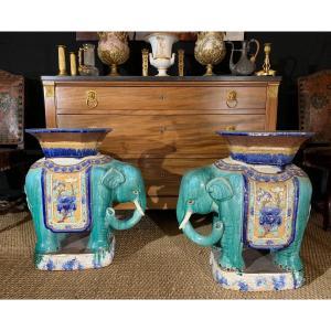 """""""Four De Bien-Hoa""""  Paire D'éléphants En Céramique  Formant Sellette, Vietnam Vers 1920"""