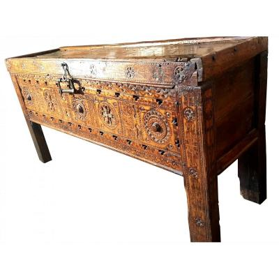 Large Kabyle Chest - Assendouk - Algeria XIX